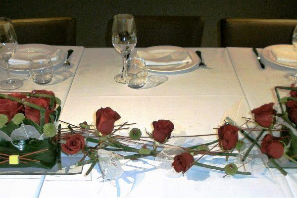 Creaciones Florales Rosas y Equisetum