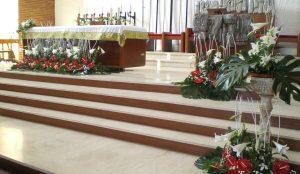 Efimeras-decoraciones-florales-parroquia-pio-x (9)