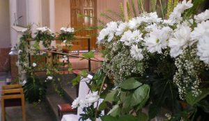 basilica-la-milagrosa-flores-efimeras-boda (7)