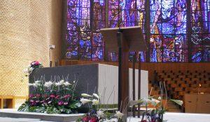 efimeras-decoraciones-florales-madrid-iglesia-san-pedro-martir-dominicos (11)