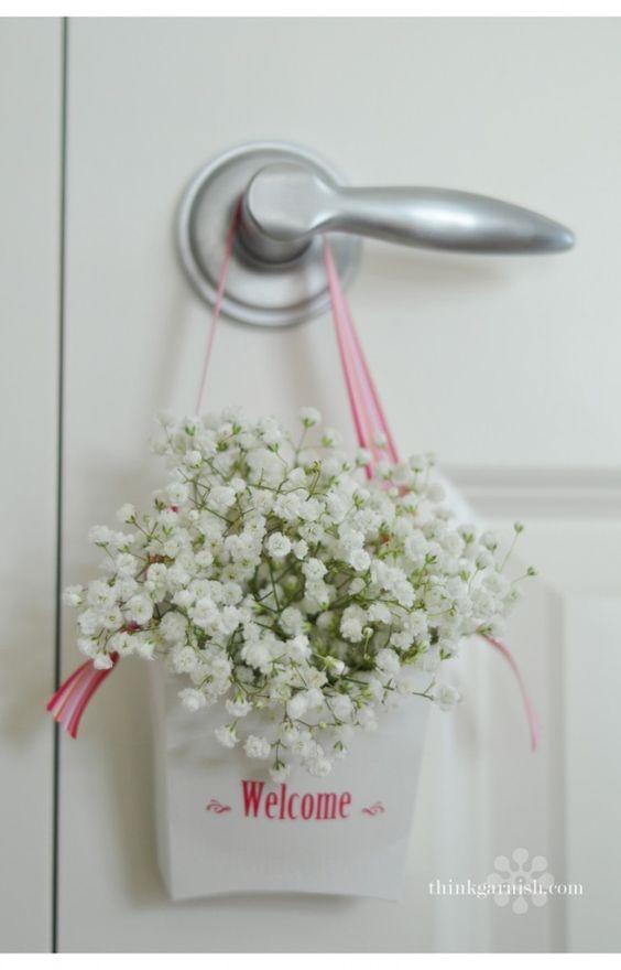 detalles hechos con flores para hoteles