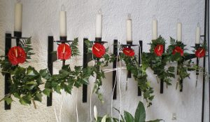Efimeras-decoraciones-florales-parroquia-pio-x (7)