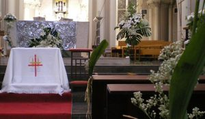basilica-la-milagrosa-flores-efimeras-boda (3)
