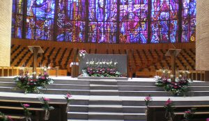efimeras-decoraciones-florales-madrid-iglesia-san-pedro-martir-dominicos (1)