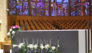 efimeras-decoraciones-florales-madrid-iglesia-san-pedro-martir-dominicos (12)