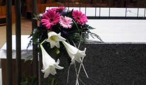 efimeras-decoraciones-florales-madrid-iglesia-san-pedro-martir-dominicos (4)