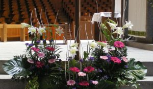 efimeras-decoraciones-florales-madrid-iglesia-san-pedro-martir-dominicos (6)