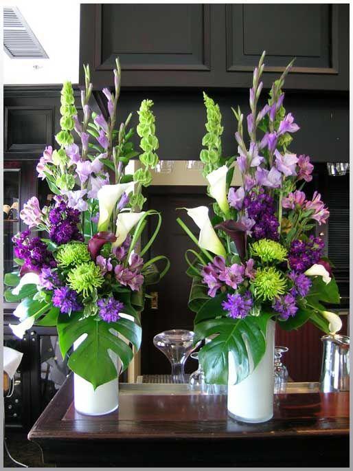 color y elegancia en la decoracion de un hotel con flores